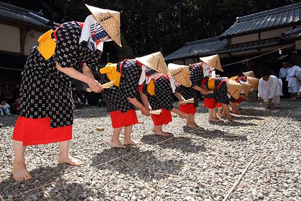 伊作田稲荷神社 御田植祭