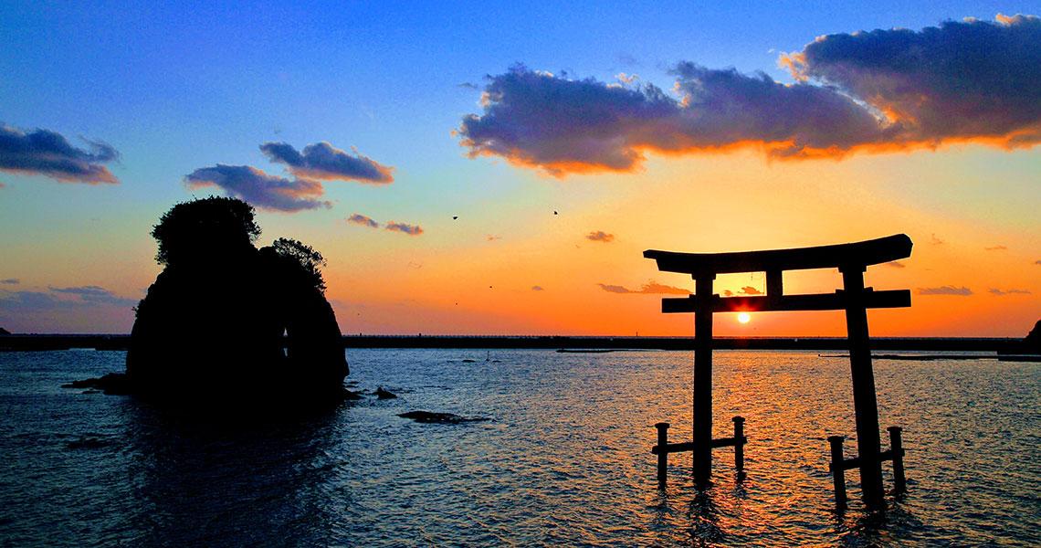 元島神社の海中鳥居
