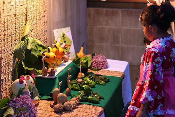 大潟神社の「ぎおんさん夜見世」